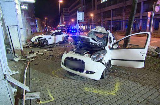 Mordermittlung gegen Jaguar-Fahrer