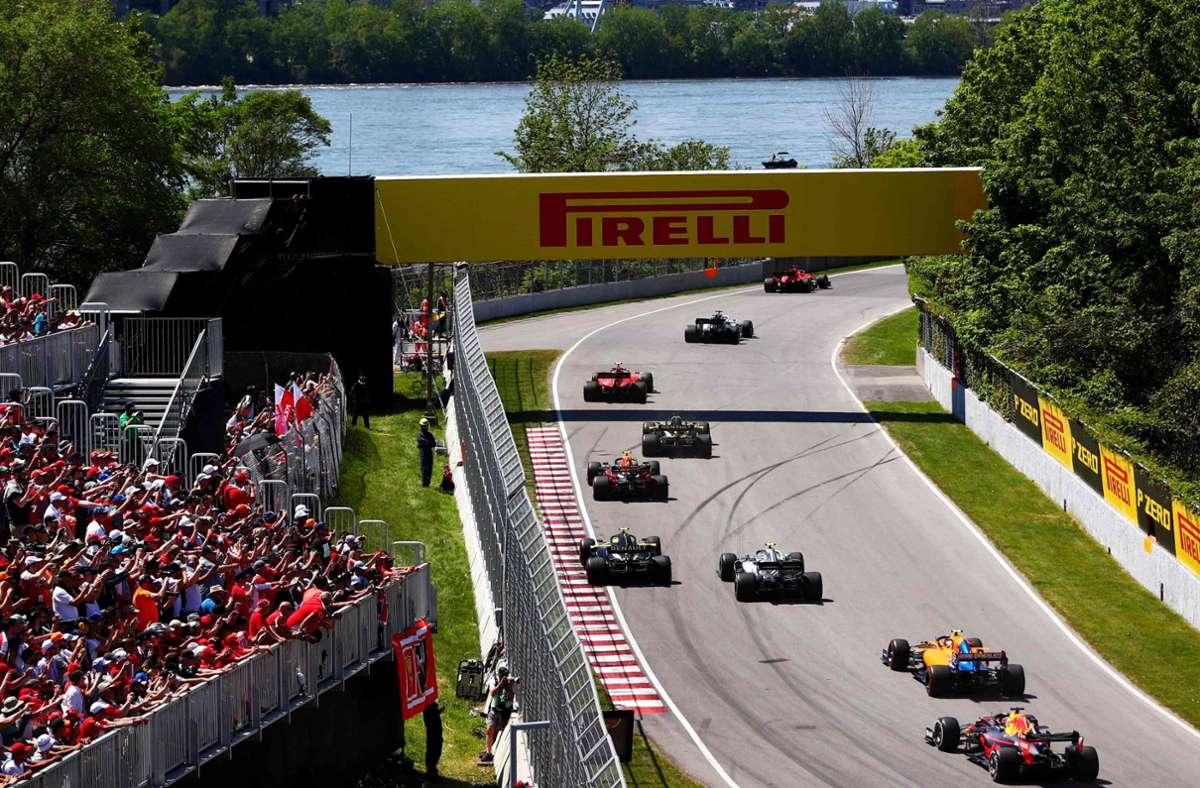 Überholen wird beim Sprint in der Formel 1 zu einem waghalsigen Manöver. Foto: AFP/Dan  Istitene