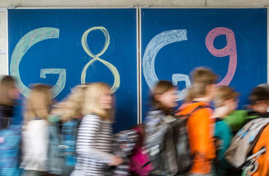 Wege zum Abitur: In acht Jahren am allgemeinbildenden, in neun Jahren über das berufliche Gymnasium oder die Gemeinschaftsschule. Foto: dpa