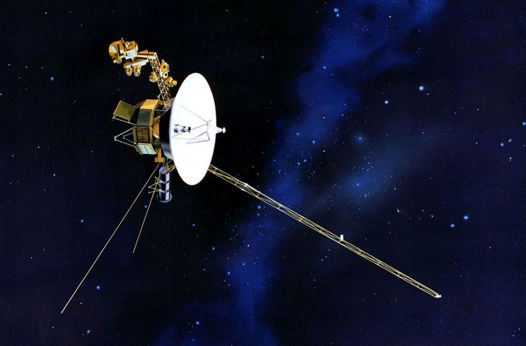 Voyager 2 ist nach ihrer Schwestersonde Voyager 1 erst das zweite Weltraumgefährt, das die Heliosphäre verlassen hat. Sie war 1977 in Cape Canaveral gestartet und hatte die Planeten Jupiter, Saturn, Uranus und Neptun passiert, von denen sie Bilder übertrug. Voyager 1 hatte den interstellaren Raum schon 2012 erreicht. Foto: Nasa