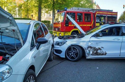 Ein Baby und vier weitere Verletzte bei Crash