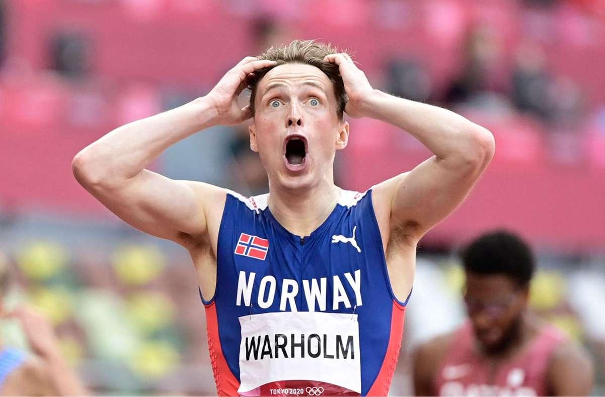 Karsten Warholm nach seinem Fabelweltrekord im 400-Meter-Hürden-Lauf. Foto: AFP/JAVIER SORIANO
