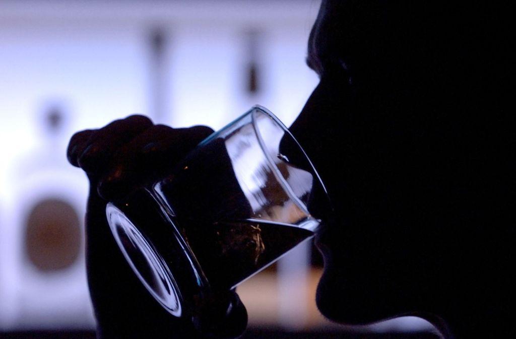 Whisky als flüssige Geldanlage:   Die erzielbaren Renditen sind zumindest beim Single Malt je nach Marke und Einkaufsglück sehr attraktiv, sagen Experten. Foto: dpa/Klaus-Dietmar Gabbert