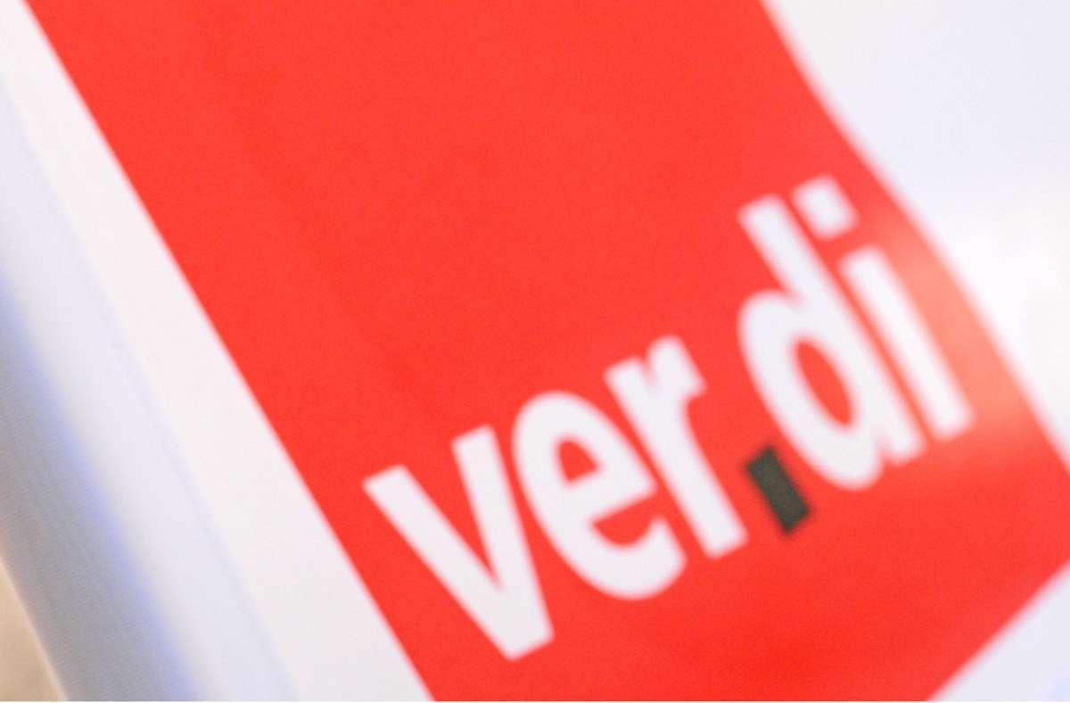 Die Gewerkschaft Verdi bekräftige in der Auftaktrunde  ihre Forderung nach 4,5 Prozent mehr Geld. (Symbolfoto) Foto: dpa/Patrick Seeger