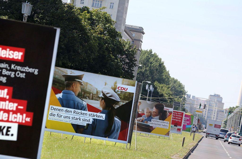 Die Wahlplakate stehen schon. Am 24. September ist Bundestagswahl. Foto: dpa (Symbolbild)