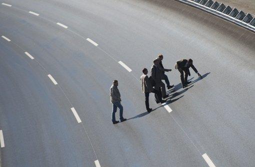 Mehrere Subunternehmer von Automobilunternehmen sind in Verdacht geraten. Foto: dapd