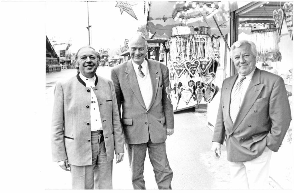 Der Vorstand des 1994 gegründeten Volksfestvereins: Stadthistoriker Hans Otto Stroheker, Robert Kauderer und Rundfunkjournalist Günther Willmann (von links). Foto: /Horst Rudel
