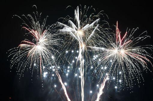 Streit um Feuerwerk sorgt für Stirnrunzeln