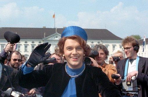Hape Kerkeling beim legendären Auftritt als Beatrix 1991 Foto: dpa