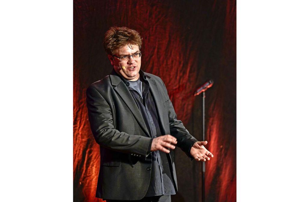 Reuter gibt den Elton John. Foto: factum/Bach