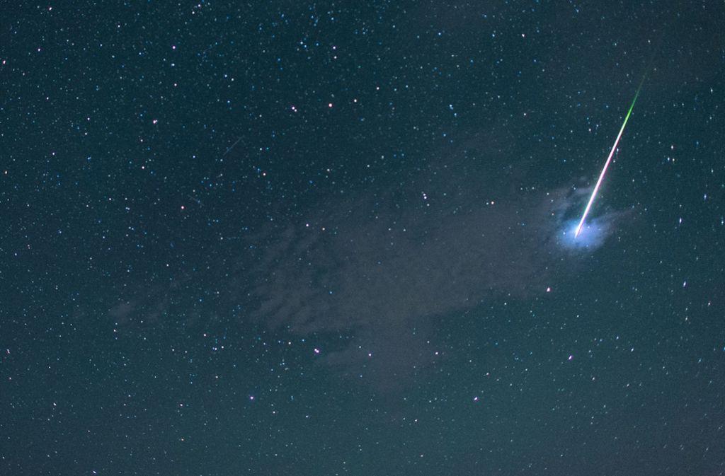 Über Stuttgart werden in der Nacht von Sonntag auf Montag hunderte Sternschnuppen pro Stunde zu sehen sein. Foto: dpa
