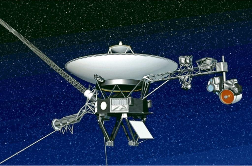 Am Arm im Bild rechts sind die meisten Instrumente der Raumsonde Voyager 1 montiert, am Arm gegenüber der Nukleargenerator. Foto: Nasa