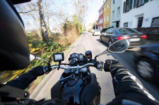 Motorrad-Rowdy muss Führerschein abgeben