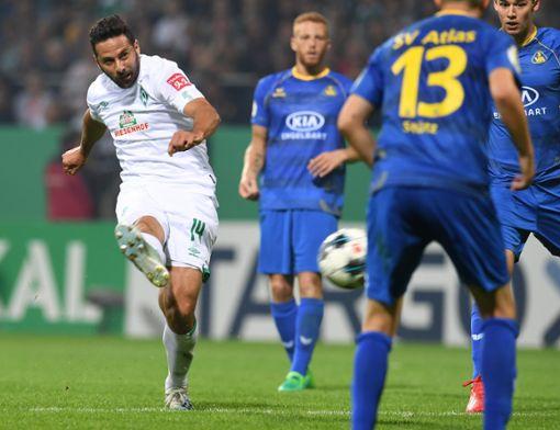 Ausschreitungen nach DFB-Pokalspiel - Polizisten verletzt