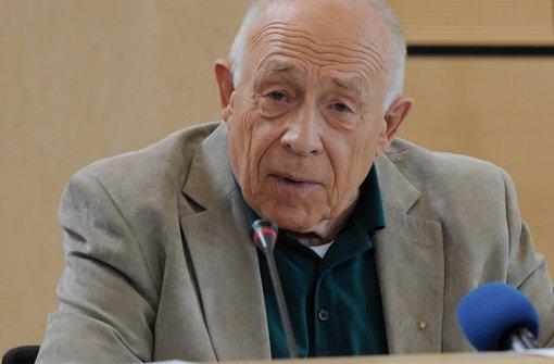 Heiner Geißler fordert eine Übertragung der Anhörung auf den Fildern. Foto: dapd