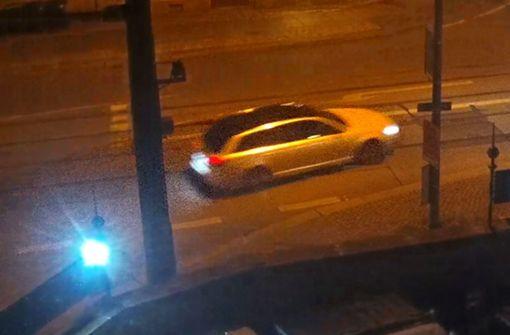 Polizei präsentiert Foto von Fluchtauto
