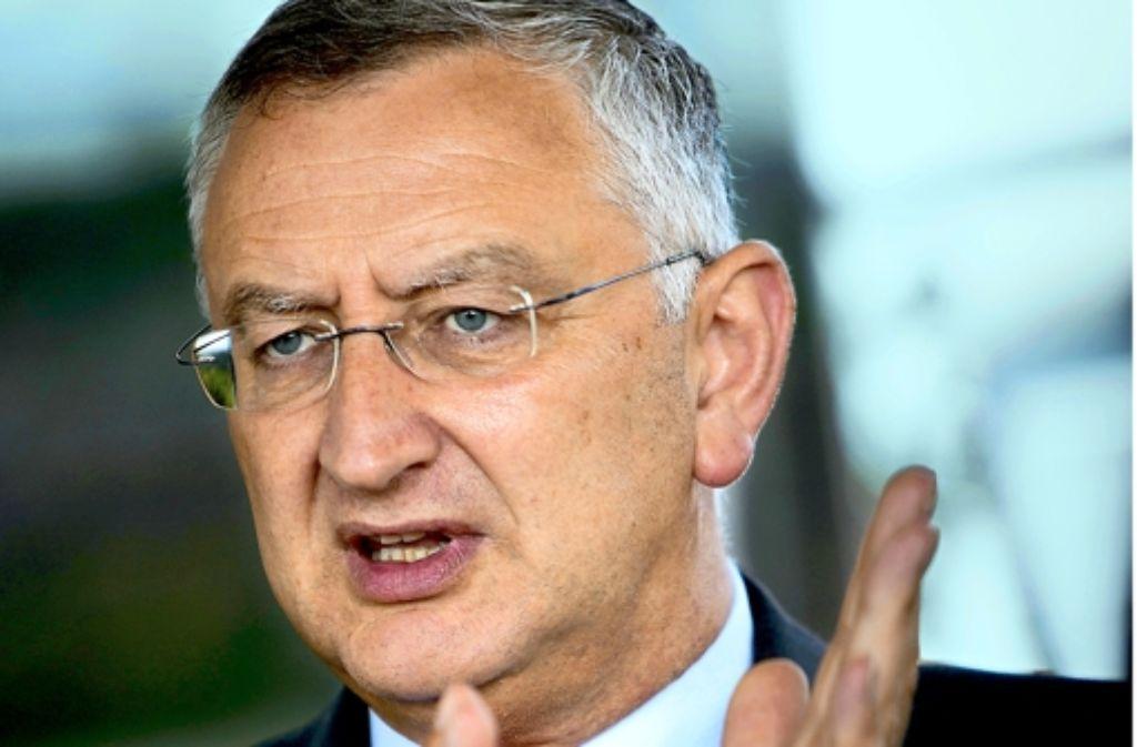 Vertreter des Volkes und der Sparkassen zugleich: Peter Schneider, CDU. Foto: Michael Steinert
