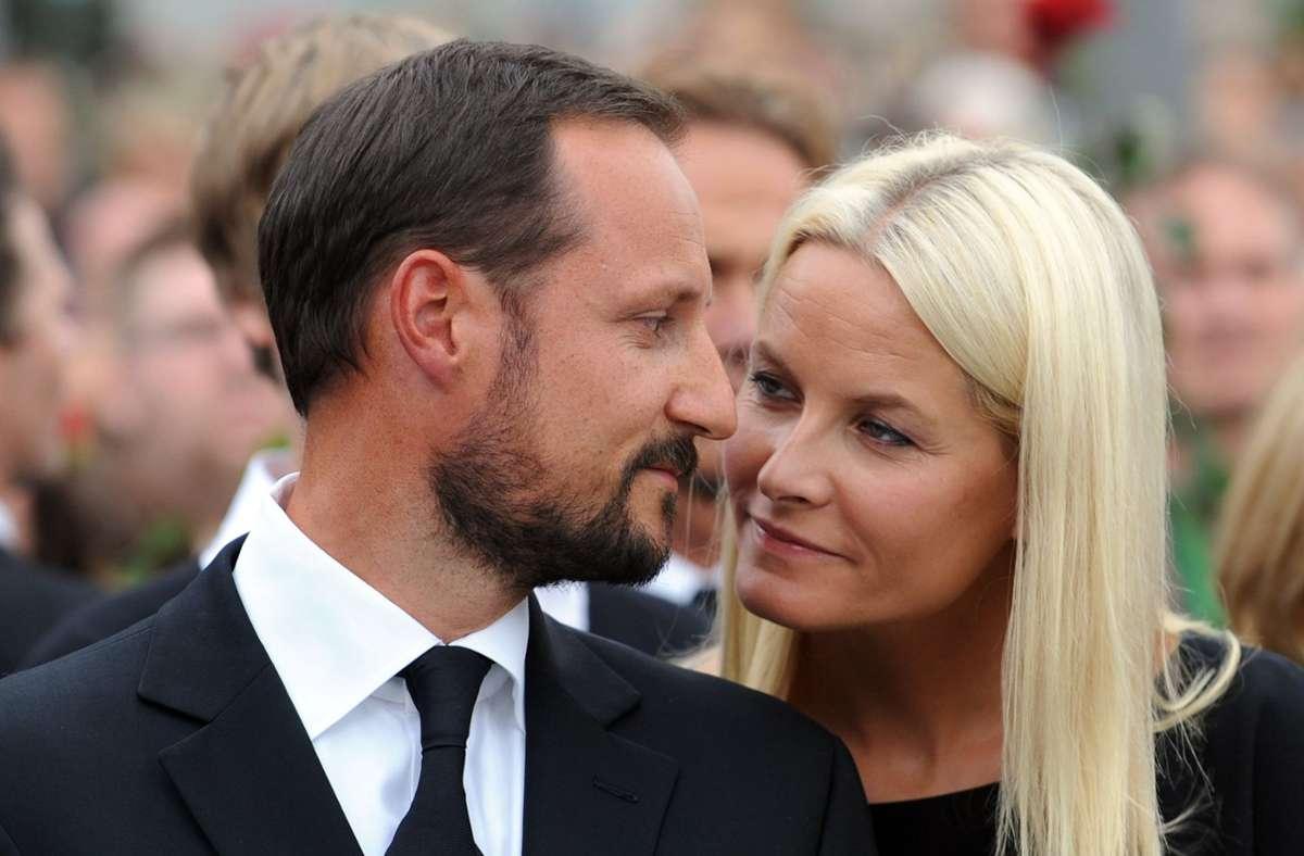 Norwegens künftiger König Haakon und seine Gattin Mette-Marit gelten als Glücksfall für die Monarchie in dem skandinavischen Land. Foto: dpa/Jörg Carstensen