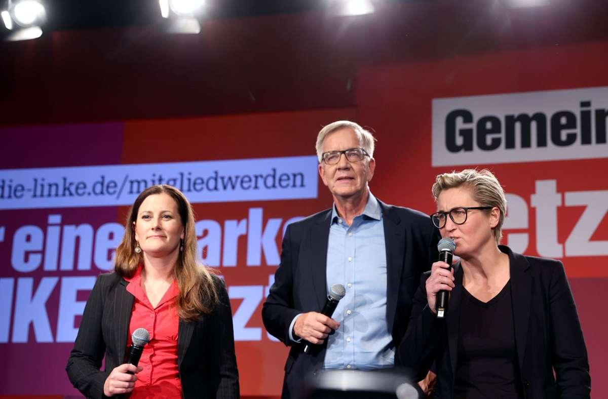 Janine Wissler (l-r), Parteivorsitzende von Die Linke, Dietmar Bartsch, Bundestagsfraktionsvorsitzender von Die Linke, und Susanne Hennig-Wellsow, Parteivorsitzende von Die Linke Foto: dpa/Jan Woitas