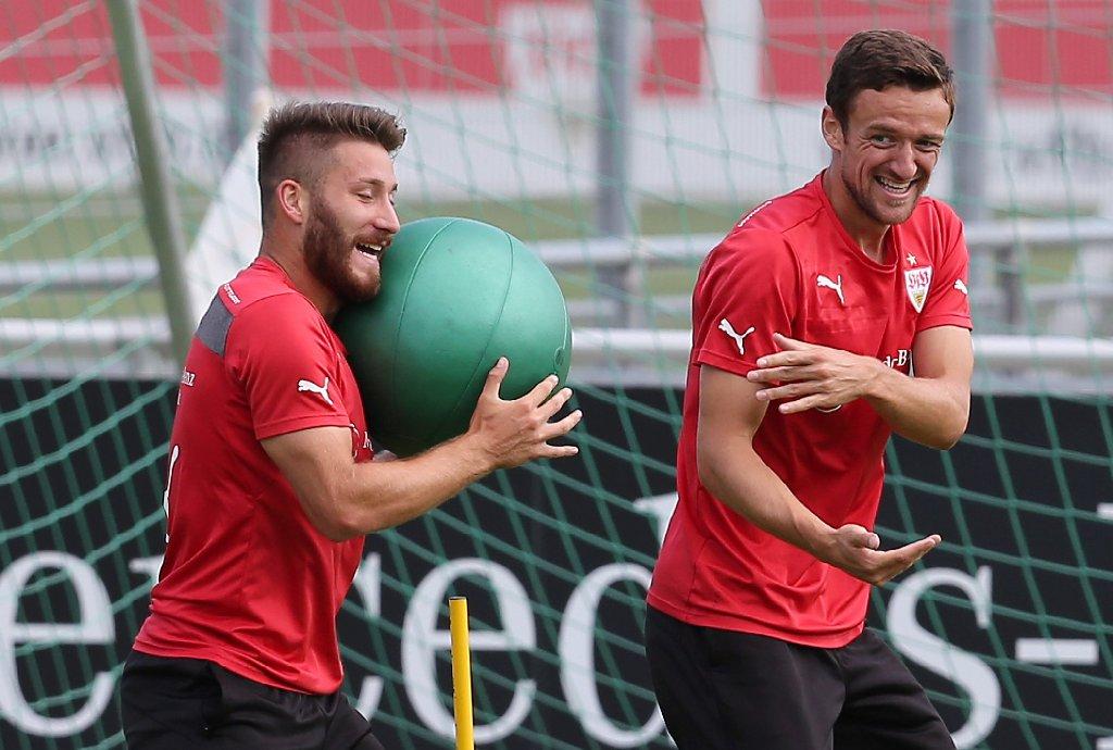 Am Samstag soll im Heimspiel gegen Bayer Leverkusen der erste Ligasieg her - dafür wird beim VfB Stuttgart fleißig trainiert. Hier die Fotos vom Mittwochstraining. Foto: Pressefoto Baumann
