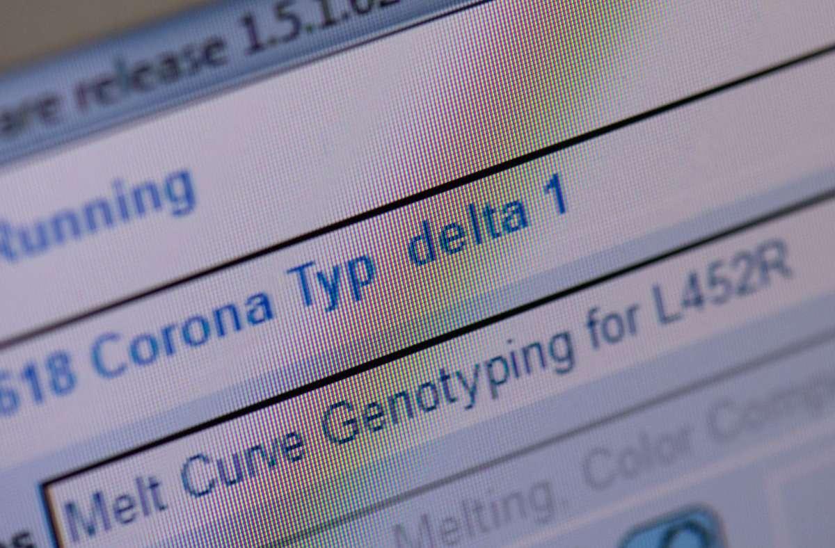 Die Delta-Variante gilt als besonders ansteckend (Symbolbild). Foto: dpa/Boris Roessler
