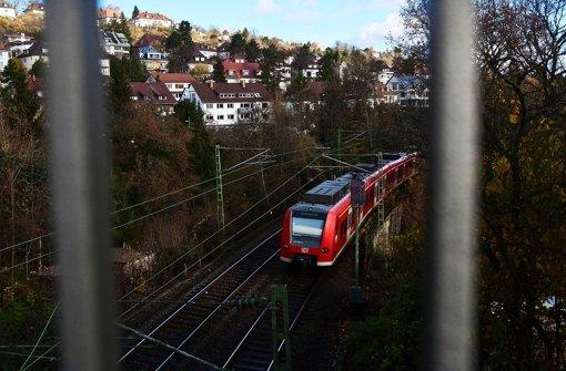 Die Personenzüge sind vergleichsweise harmlos. Foto: Achim Zweygarth