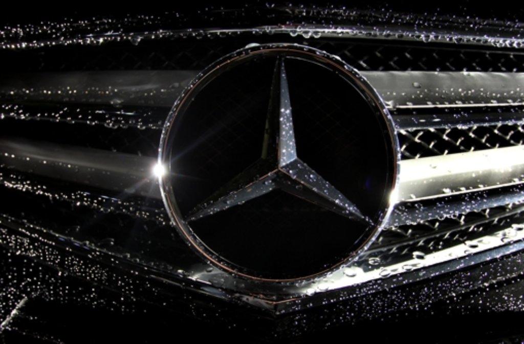Daimler hat sein 90 Millionen Euro teures Umschlagzentrum in Speyer in Betrieb genommen. Foto: dpa
