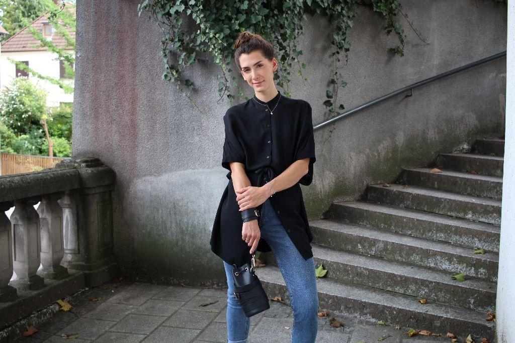 Ann-Katrin Pfeiffer weiß wie man trendige casual Looks stylt.  Foto: Alla Lukashova