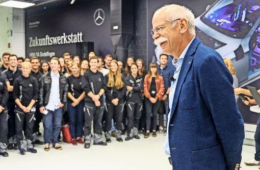 Daimlerchef Zetsche diskutiert mit Auszubildenden