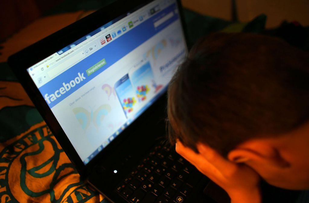 In einigen Facebookgruppen gehören Hasskommentare zum schlechten Umgangston. Foto: dpa