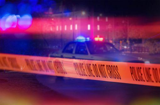 US-Polizisten schießen Schwarzem mehrfach in den Rücken