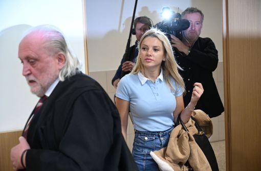 """""""Dschungelkönigin"""" wegen 7600 Euro vor Gericht"""