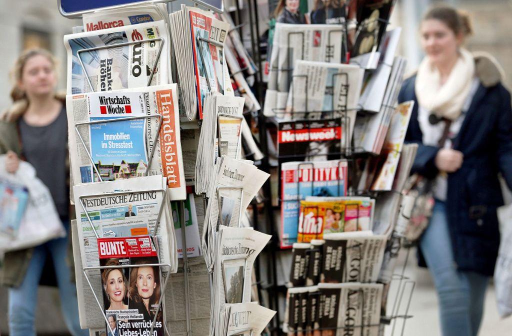 Auf eine  verkaufte Zeitung kommen mittlerweile 200  Nutzer im Netz.  Die  Hälfte der Zugriffe  erfolgt nicht über die  Internetseiten der Verlage. Foto: dpa