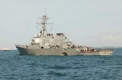 Zehn Seeleute nach Kollision vermisst