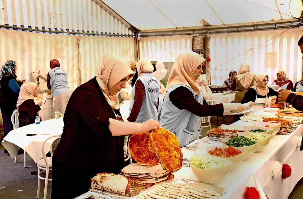 Nur an drei Tagen wird gefeiert: Der Türkisch-Islamische Kulturverein lädt in die  Sigelstraße ein. Foto: Archiv/Birgit Kiefer
