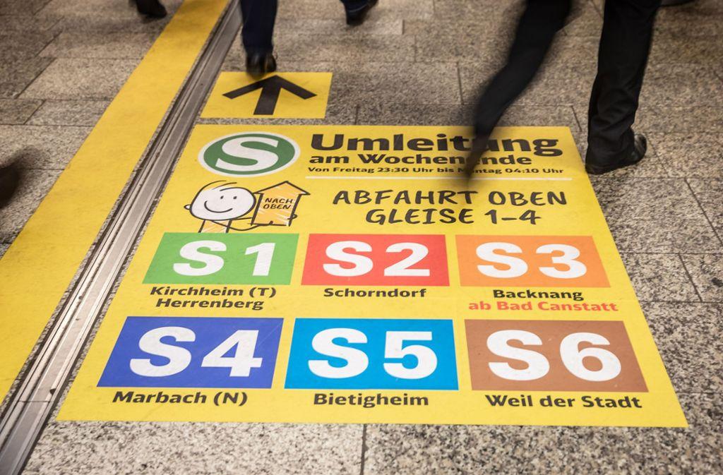 Reisende auf der S-Bahn müssen an den Wochenende umsteigen. Das trifft auch die Besucher der CMT. Foto: Lichtgut/Julian Rettig