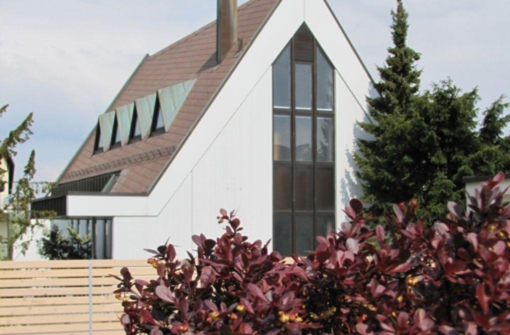 Die Neuapostolische Gemeinde nutzt das Kirchengebäude an der Moosheimer Straße in Birkach schon seit längerer Zeit nicht mehr. Foto: Archiv Sägesser