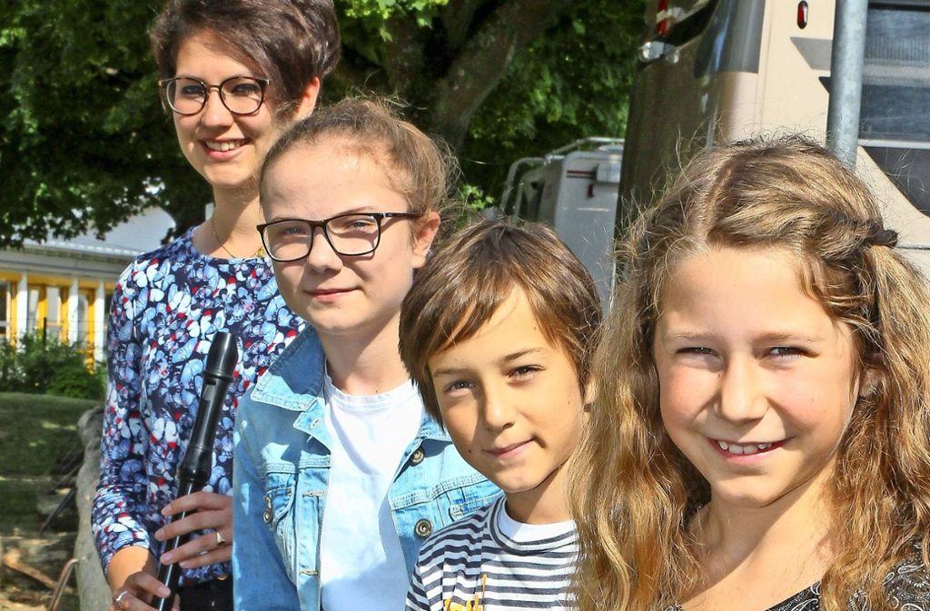 Preisgekrönt: Laura Fritschi, Helen Maier, Jannik Sixt und Mira Scheuble. Foto: factum/Bach