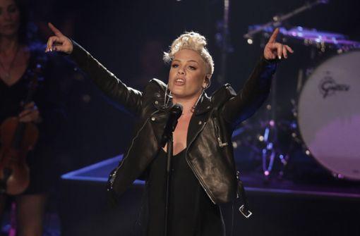 Fan bringt auf Konzert ein Mädchen zur Welt