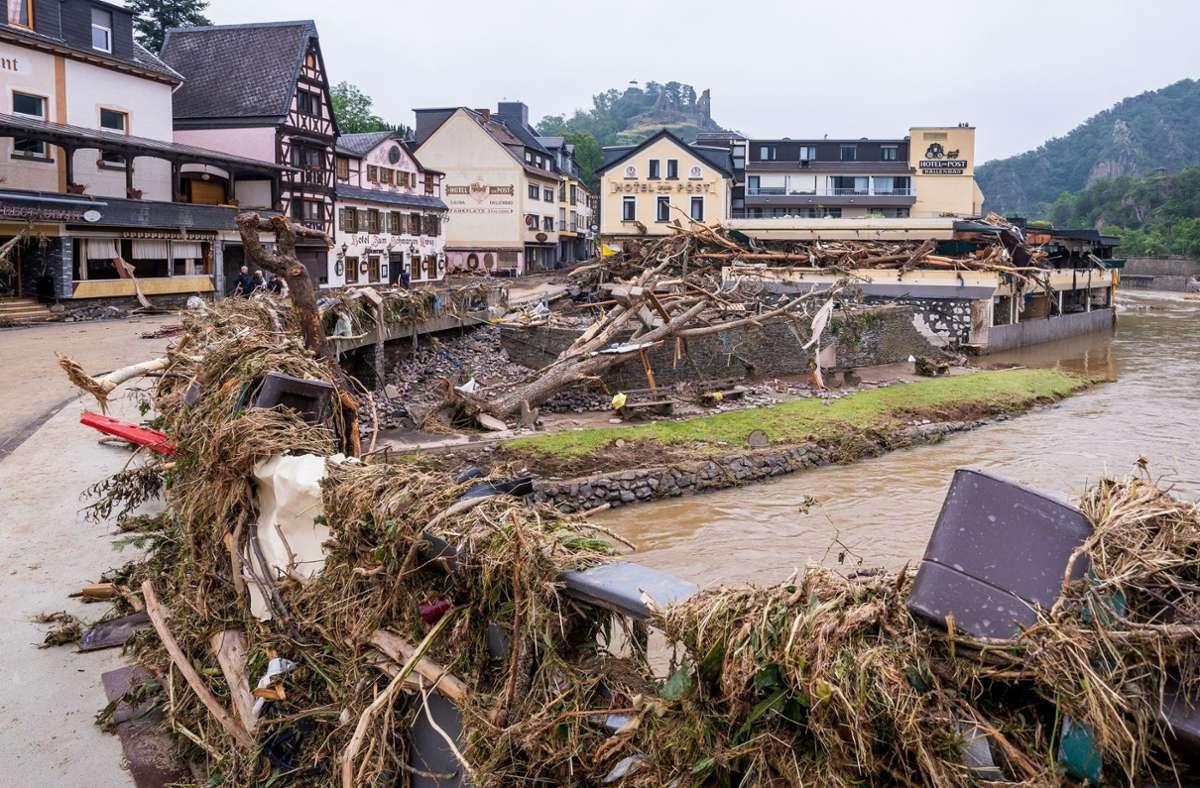 In den vom Hochwasser betroffenen Regionen können Wirtshäuser und Hotels in den nächsten Monaten keine Gäste empfangen. Foto: AFP/TORSTEN SILZ