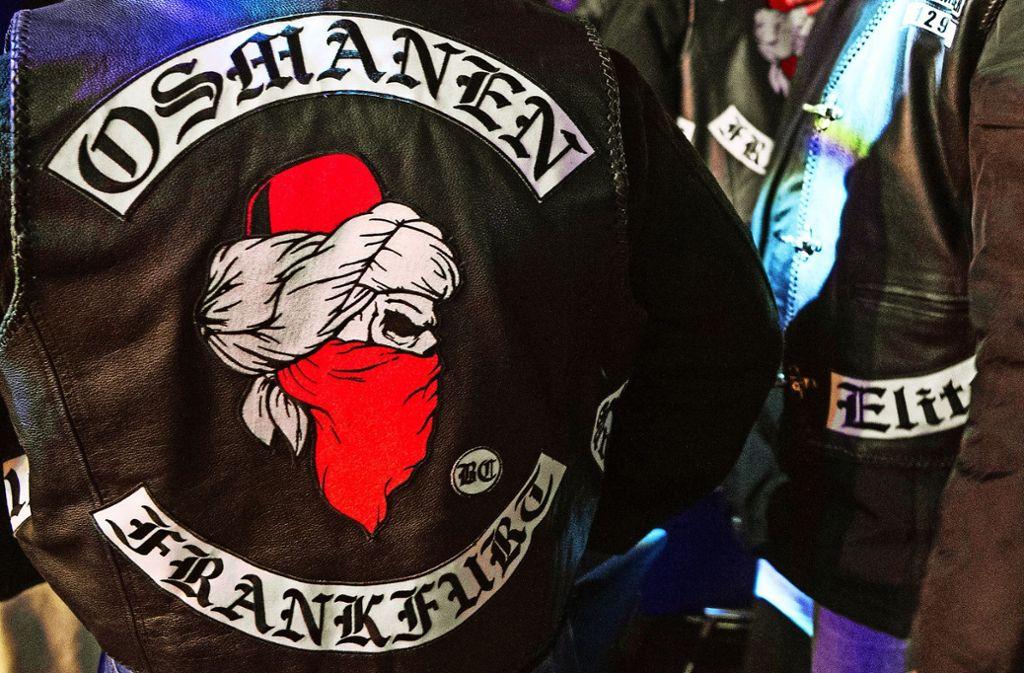 Die Lederjacke eines Osmanen-Mitglieds bei einer Boxveranstaltung in Frankfurt Foto: dpa