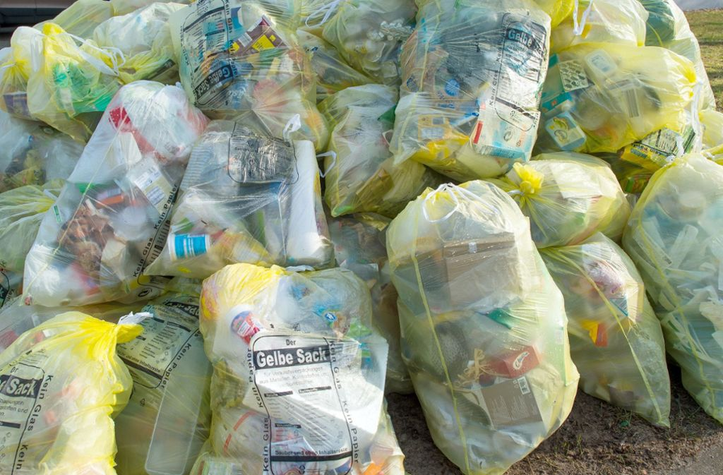 Bundesumweltministerin Svenja Schulze fordert ein Exportverbot für unsortierte Plastikabfälle (Symbolbild). Foto: dpa