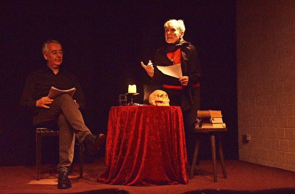 Helen Pavel, die Leiterin des Dreigroschentheaters, und Thomas Jentsch Foto: P. Mostbacher-Dix