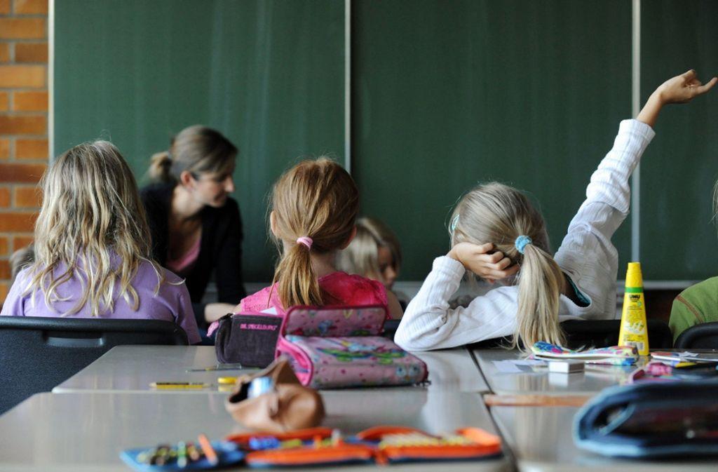 Wo geht's lang? Die meisten Eltern wollen, dass ihre Grundschulkinder aufs Gymnasium wechseln. Foto: dpa