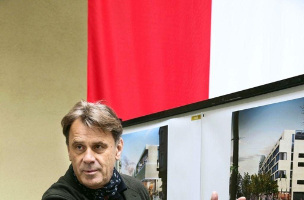Der Göppinger Architekt Klaus von Bock will das Einkaufszentrum mit einer hochwertigen Klinkerfassade versehen Foto: Ines Rudel