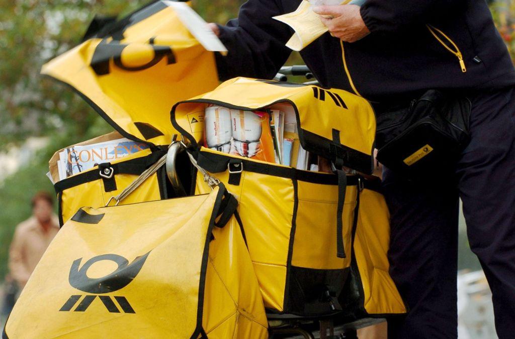 Auf den Briefträger haben einige Leonberger Bürger lange warten müssen. Foto: dpa