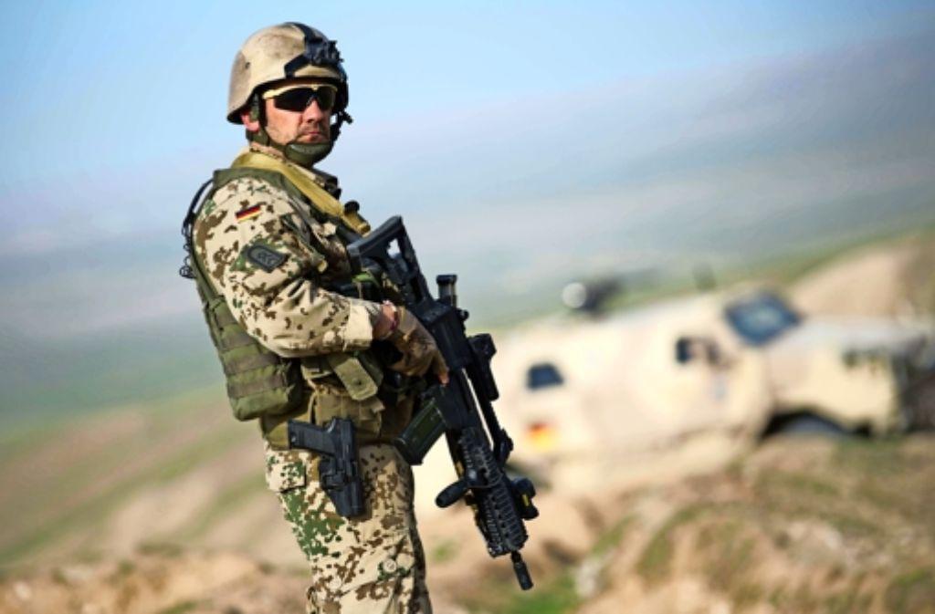 Deutscher Soldat mit dem Gewehr G36 im Afghanistan-Einsatz. Foto: dpa