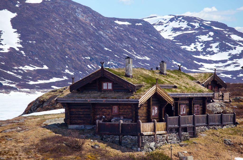 Die Abgeschiedenheit der norwegischen Bergwelt ist der Handlungsort von  Hansens Roman. Foto: Sergii Mostovyi - stock.adobe.com/MOSTOVYE