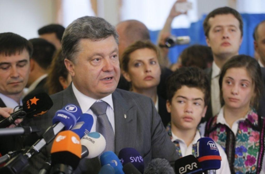 Ukraines Präsident Poroschenko erlässt eine Teilmobilmachung der eigenen Bevölkerung. Foto: EPA