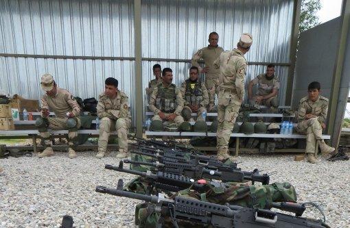 Eine Teilzeittruppe bietet dem IS die Stirn